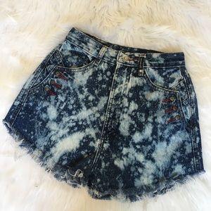 Vintage High Waist Acid Wash Denim Shorts 0